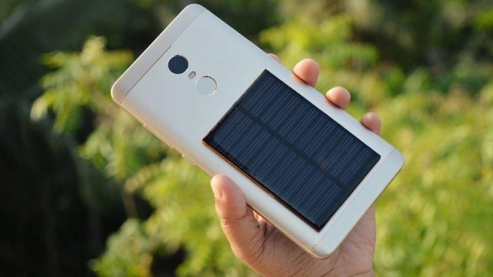 Добавляем в смартфон солнечную панель
