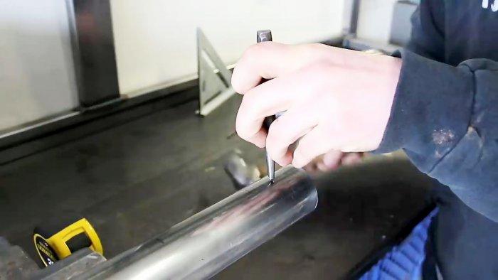 Как легко сделать точный вырез в трубе