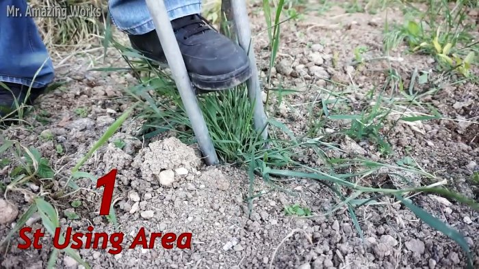 Удобный садовый инструмент с помощью которого удалить посадить или пересадить любое растение