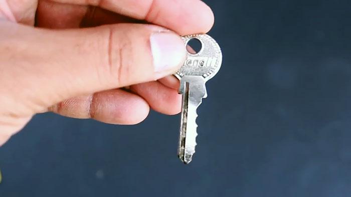 Как сделать дубликат ключа за 2 минуты
