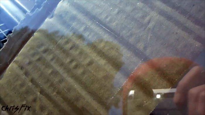 1563429658 1 0 05 09 674 - Лечим скол на лобовом стекле, интересный способ