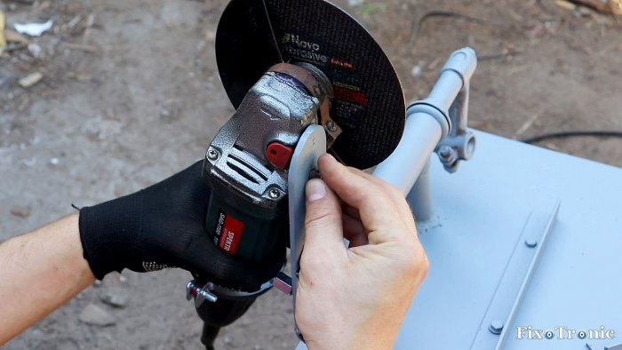 1564545203 21 - Как сделать стойку для болгарки из старой рамы велосипеда
