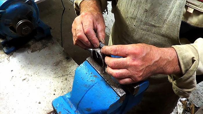 1564828062 10 - Делаем ножовку из болгарки