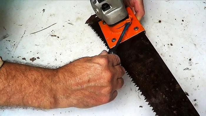 1564828063 23 - Делаем ножовку из болгарки