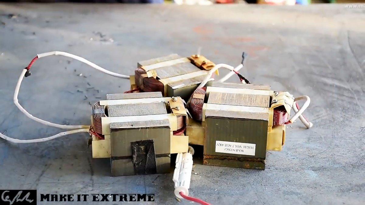 Мощный электромагнит из микроволновки