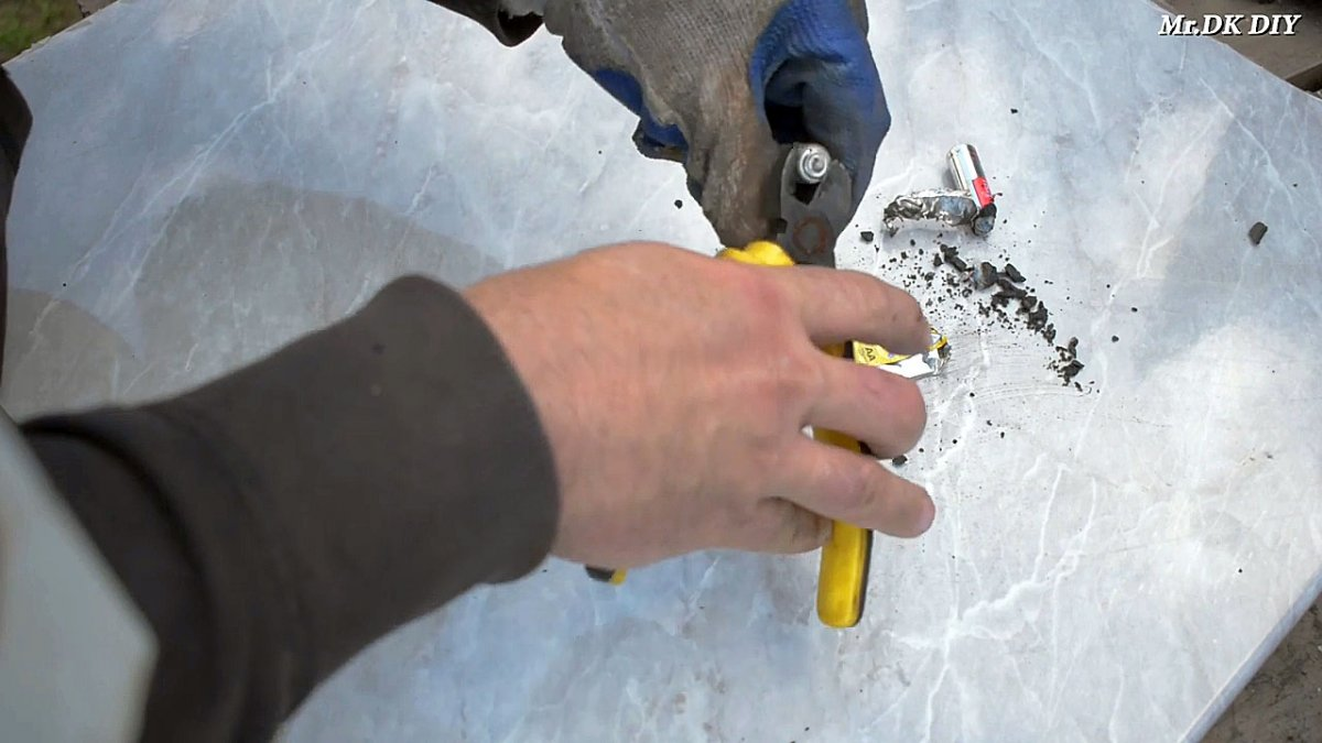 Сварочный аппарат на 12 В из батарейки для сварки тонкого металла