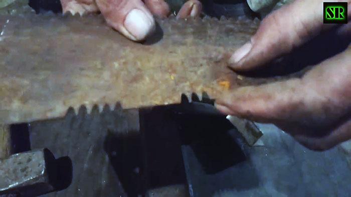 Как нарезать и заточить новые зубья на старой пиле