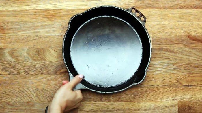 1564745380 7 - Очищаем чугунную сковородку от нагара