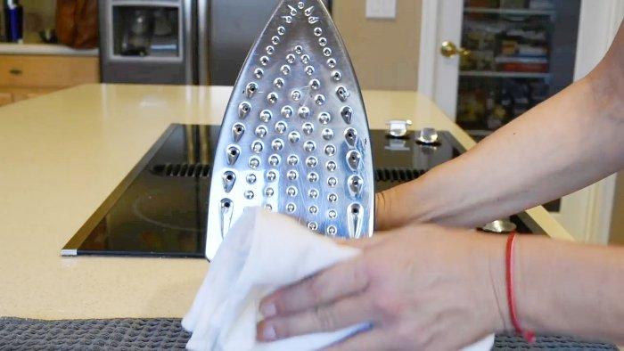 Комплексная очистка утюга всем доступными средствами