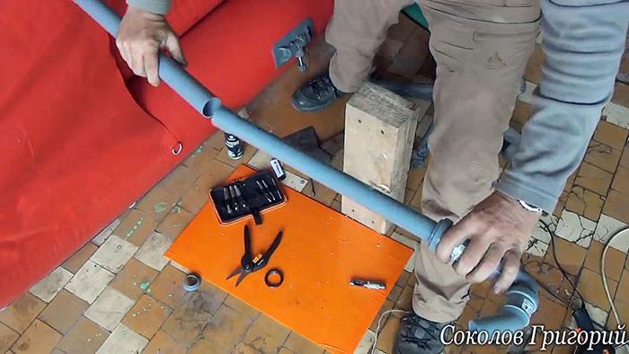 Как сделать ручную помпу для откачки воды из ПВХ труб