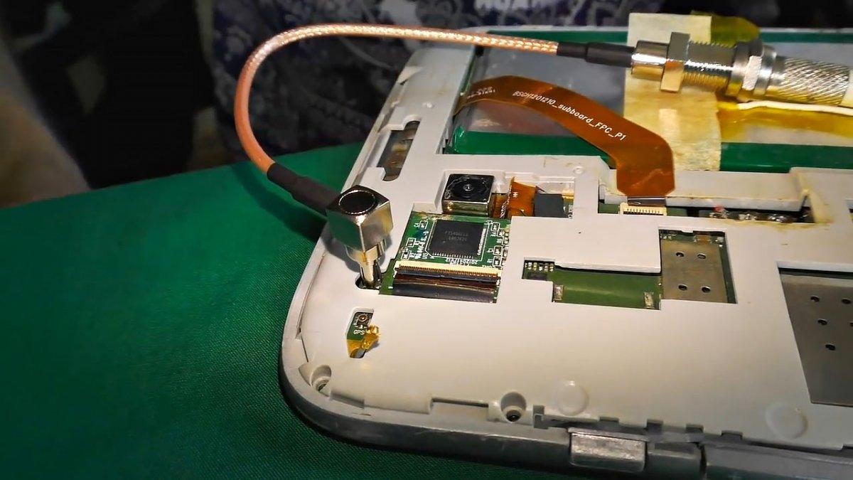 Мощная самодельная Wi-Fi антенна для приема сигнала удаленных открытых сетей