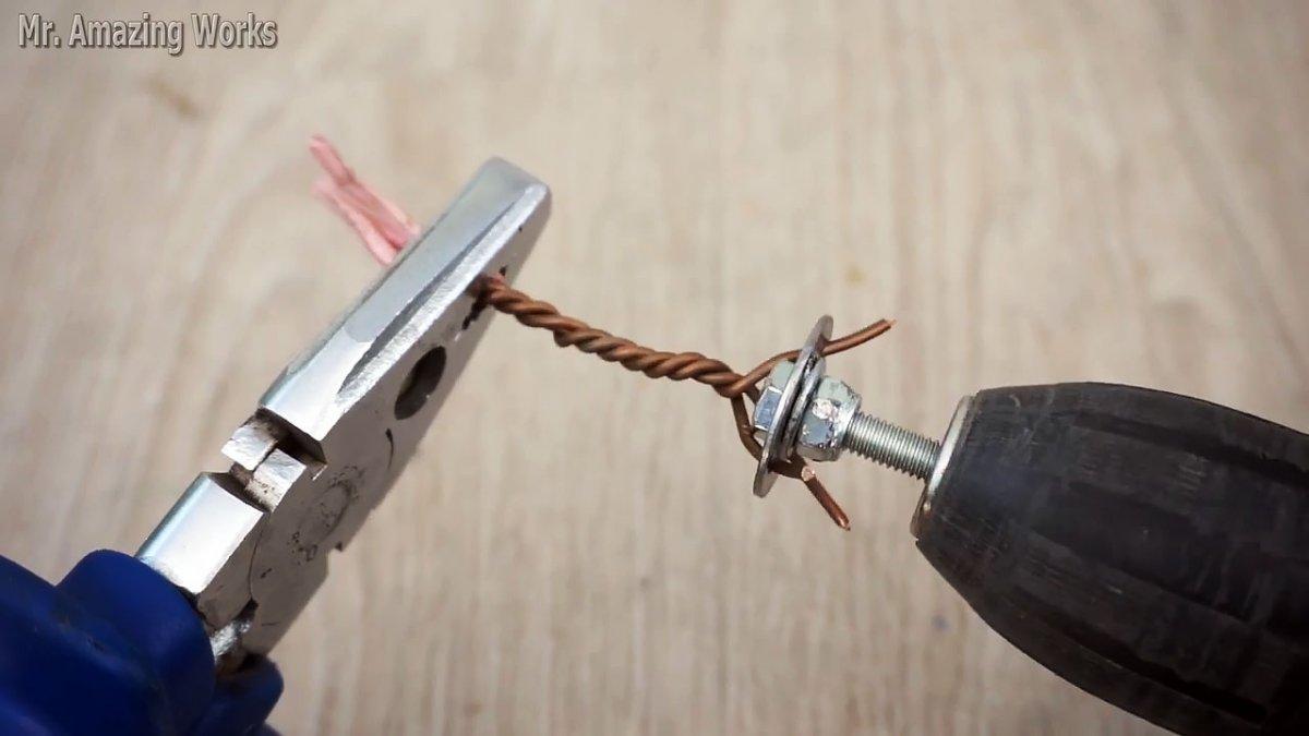 2 простых приспособления для быстрых и качественных скруток