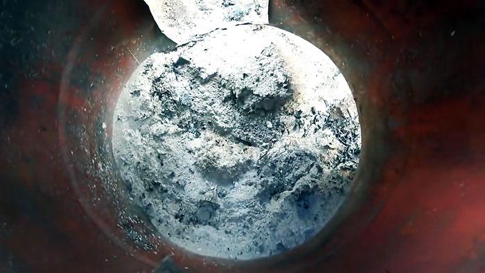 200 литровая бочка поможет избавится от пня