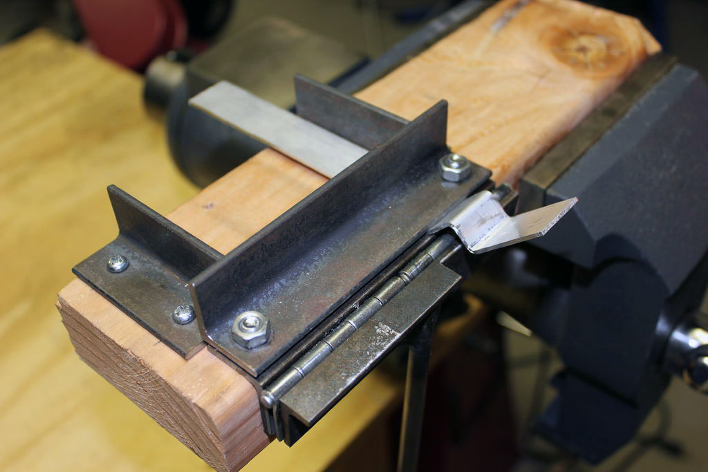 Как сделать мини станок для гибки металла