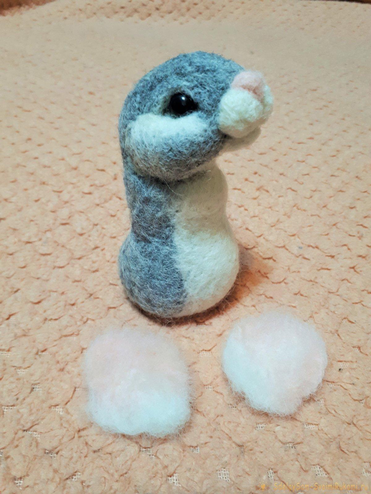 Игрушки из шерсти: Мышка - символ 2020 года