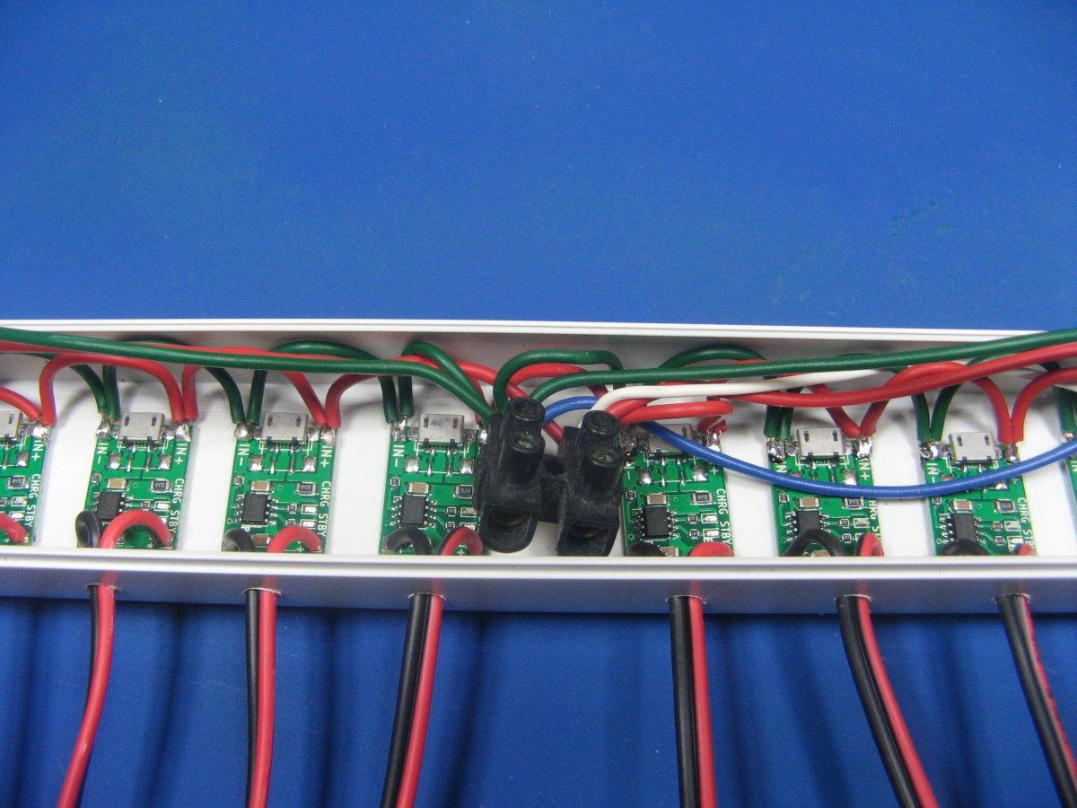 Многоканальная зарядка Li-ion своими руками