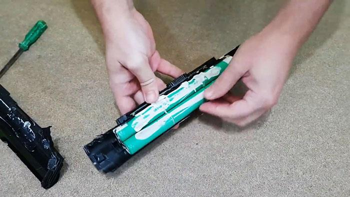 Как сделать мини бесперебойник 12 В для роутера