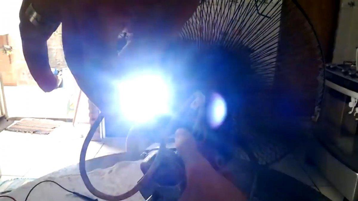 Как переделать мотор от вентилятора в генератор