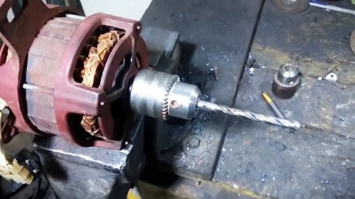 Как снять напрессованный шкив с электродвигателя и установить сверлильный патрон