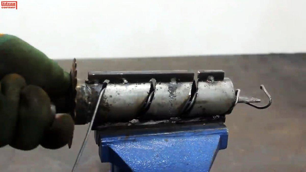 Как сделать ручной станок для изготовления сетки Рабицы