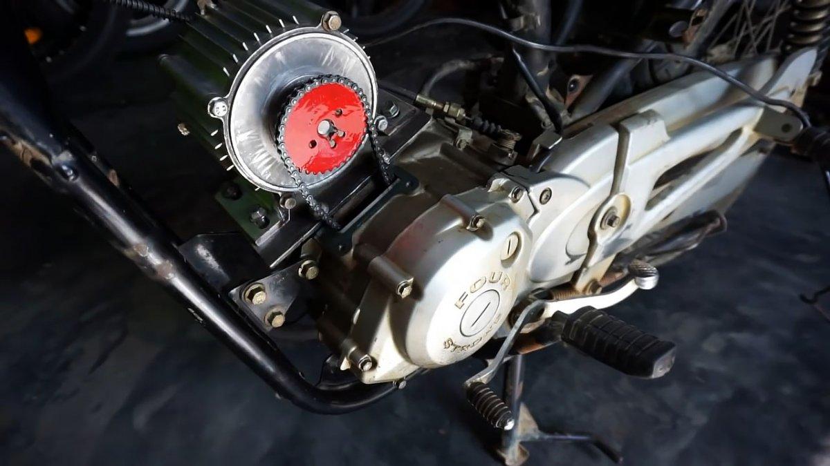 Как переделать легкий мотоцикл в электробайк с минимальной доработкой
