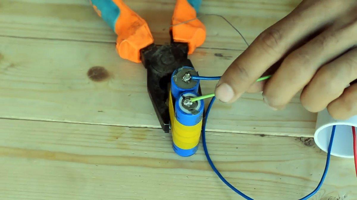 Как собрать дешевую аккумуляторную бормашину