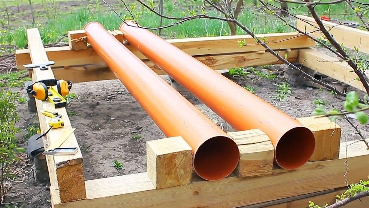Грядка для клубники из ПВХ трубы с системой прикорневого полива