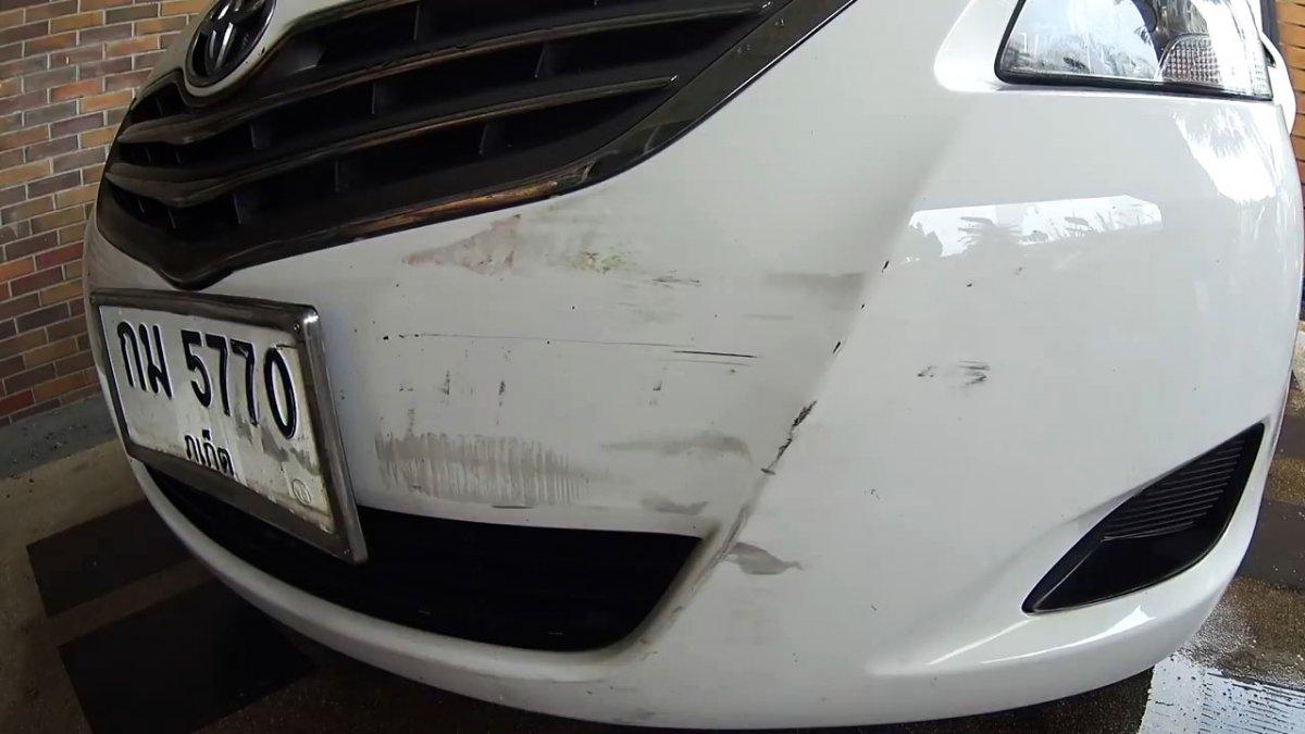 Как удалить царапины и потертости на авто без специальных средств