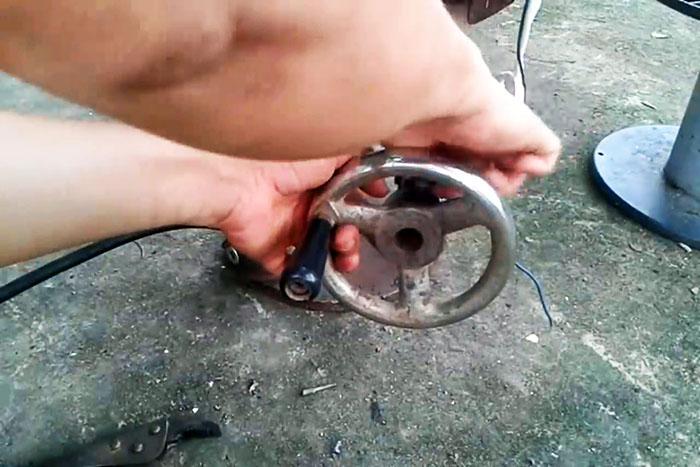 Как сделать сверлильный станок из домкрата и двигателя стиралки