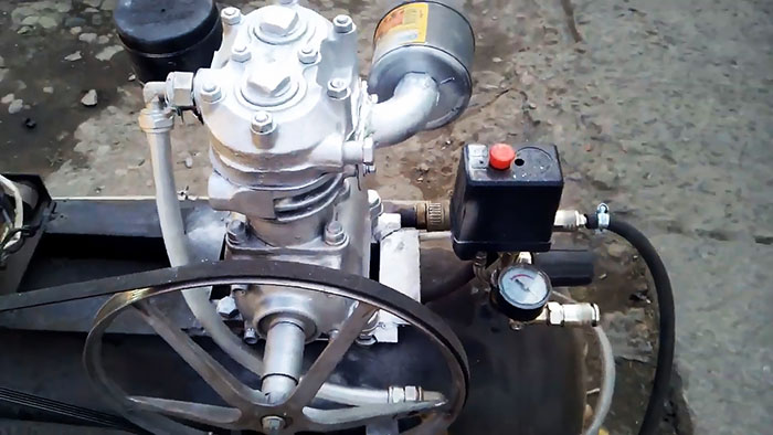 Воздушный компрессор из ЗИЛовского агрегата и двигателя стиральной машины