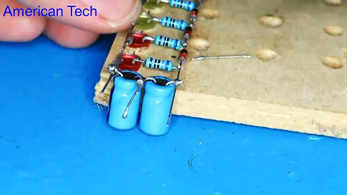 Индикатор уровня без транзисторов, без микросхем и без платы