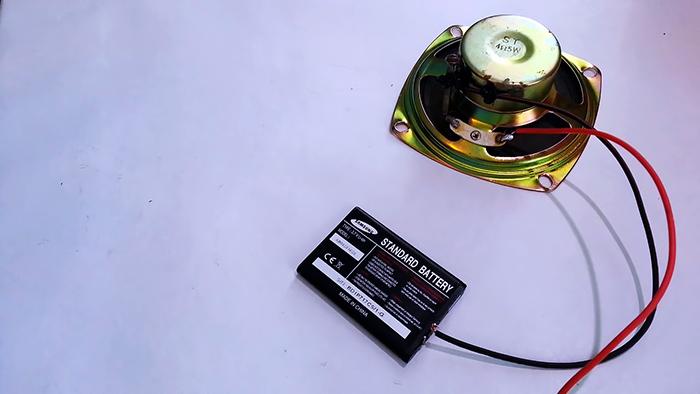 Как сделать сирену из одного динамика без транзисторов