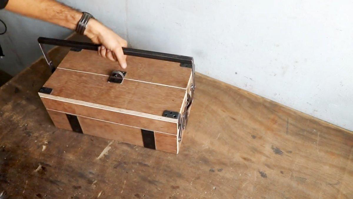 Делаем ящик-органайзер для инструмента своими руками