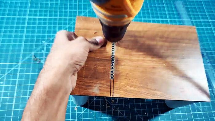 Изготовление настольной мини-пилы 12 В