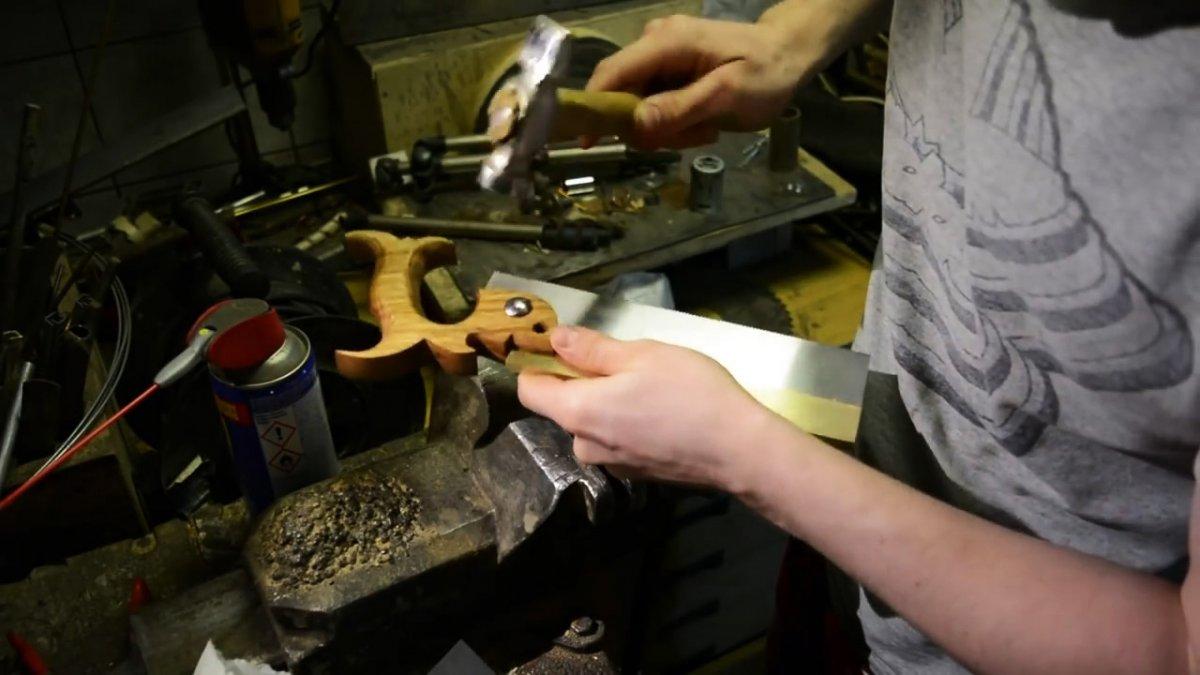 Как самому сделать пилу для ласточкиного хвоста
