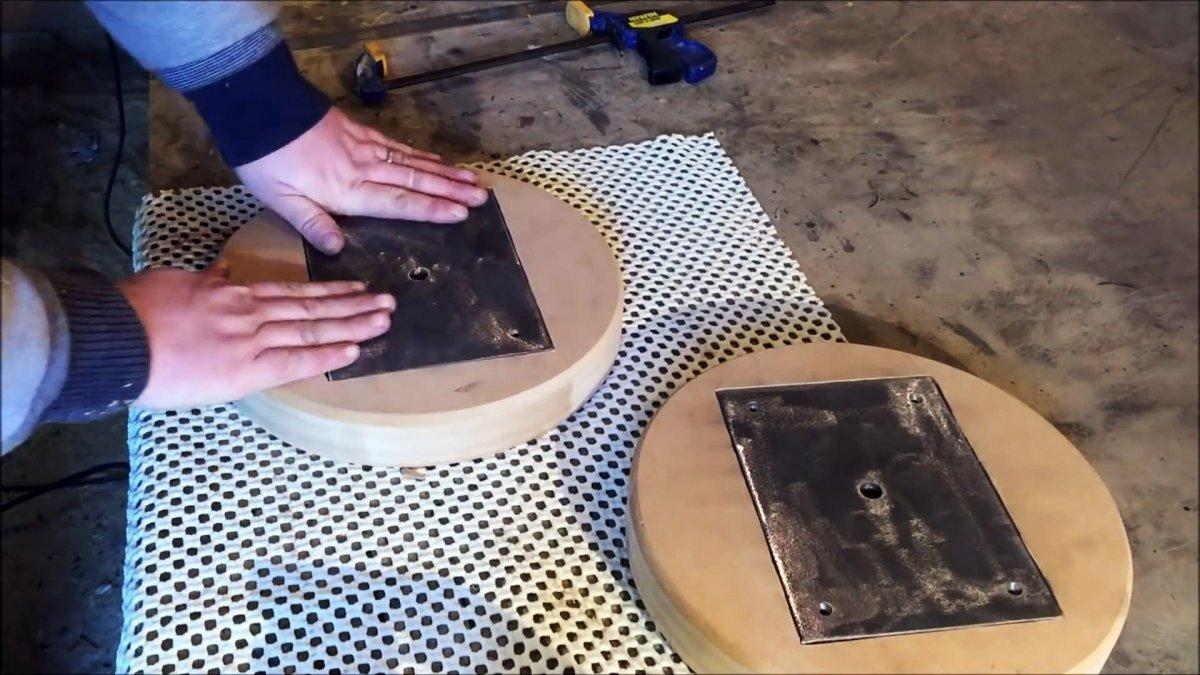 Как сделать табуретку из старого амортизатора