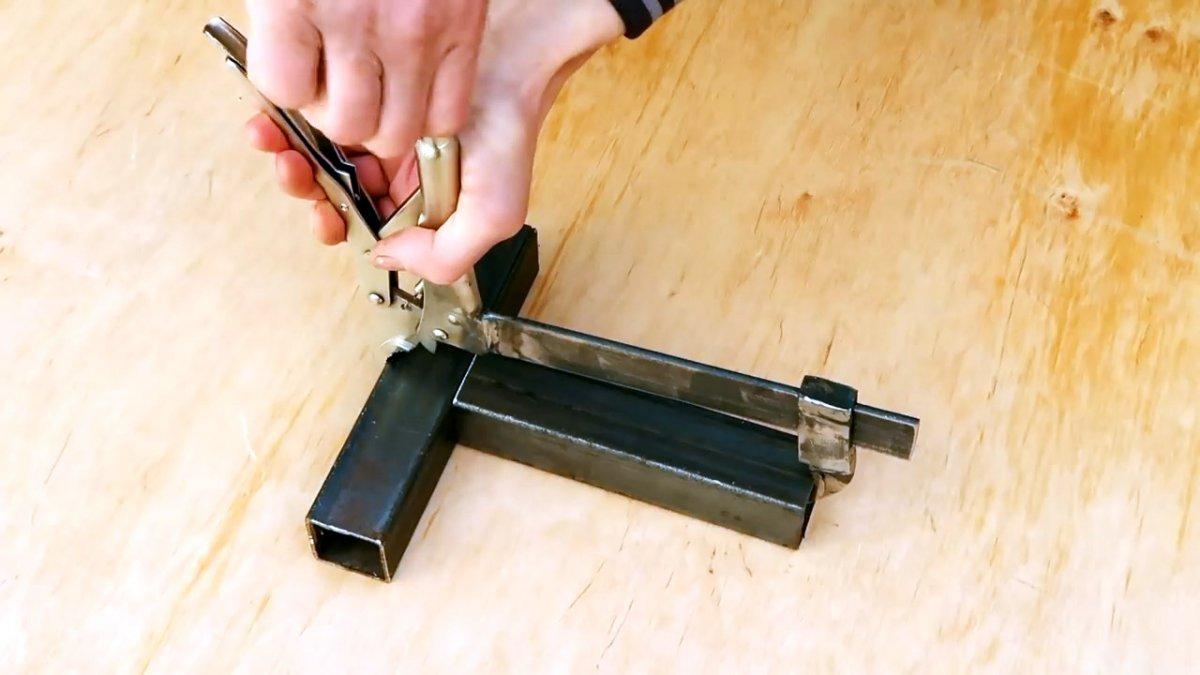 Как переделать зажимные клещи в широкую быстрозажимную струбцину