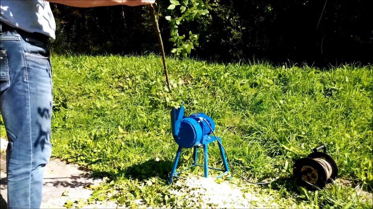 Как сделать легкий маленький садовый измельчитель для веток
