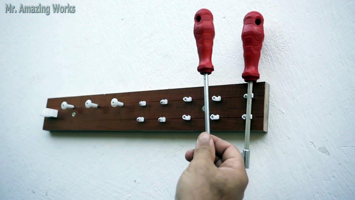 Как просто сделать стенд для хранения ручного инструмента