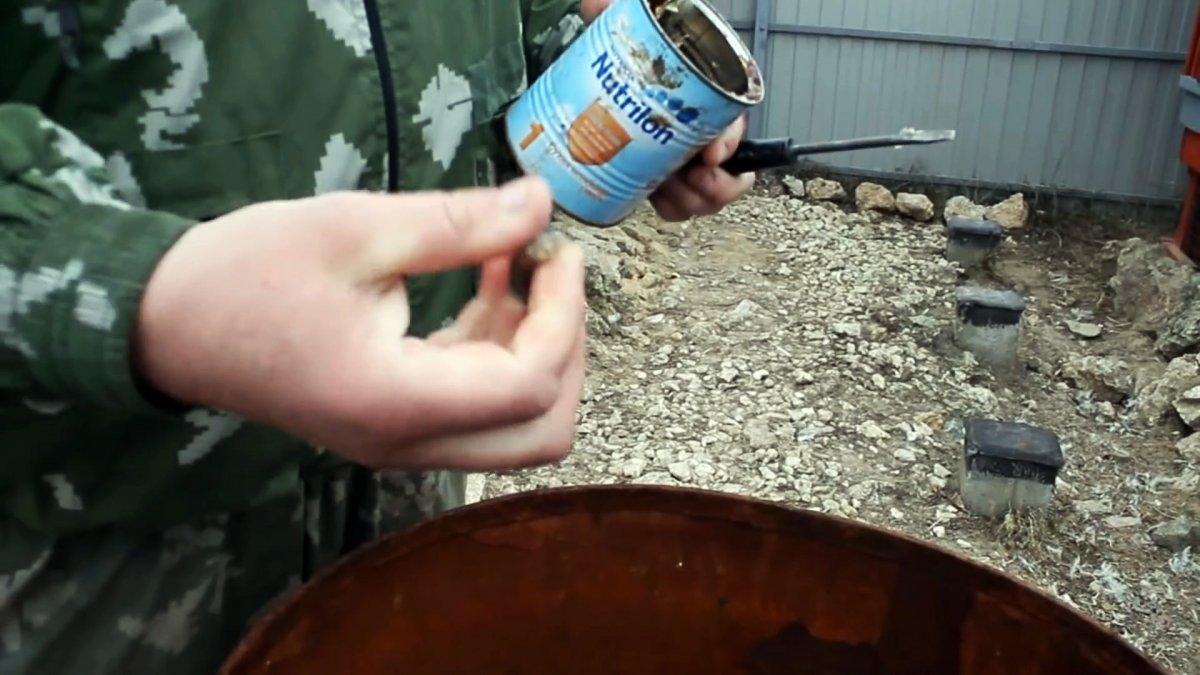 Ремонт дырявой бочки всего за 1 минуту дедовским способом