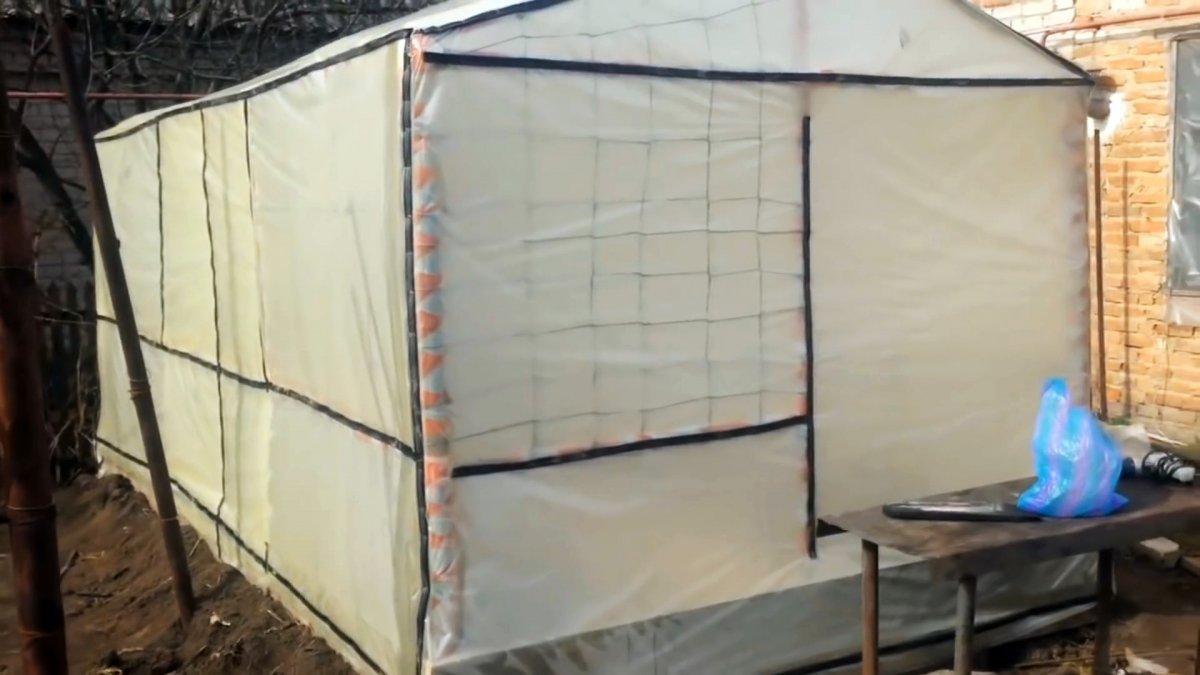 Как построить самую дешевую и полноценную теплицу