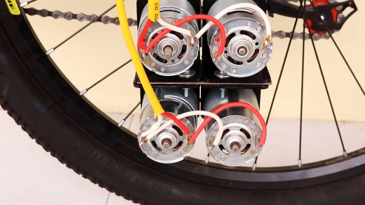 Как сделать мощный электровелосипед на 4 маломощных моторах