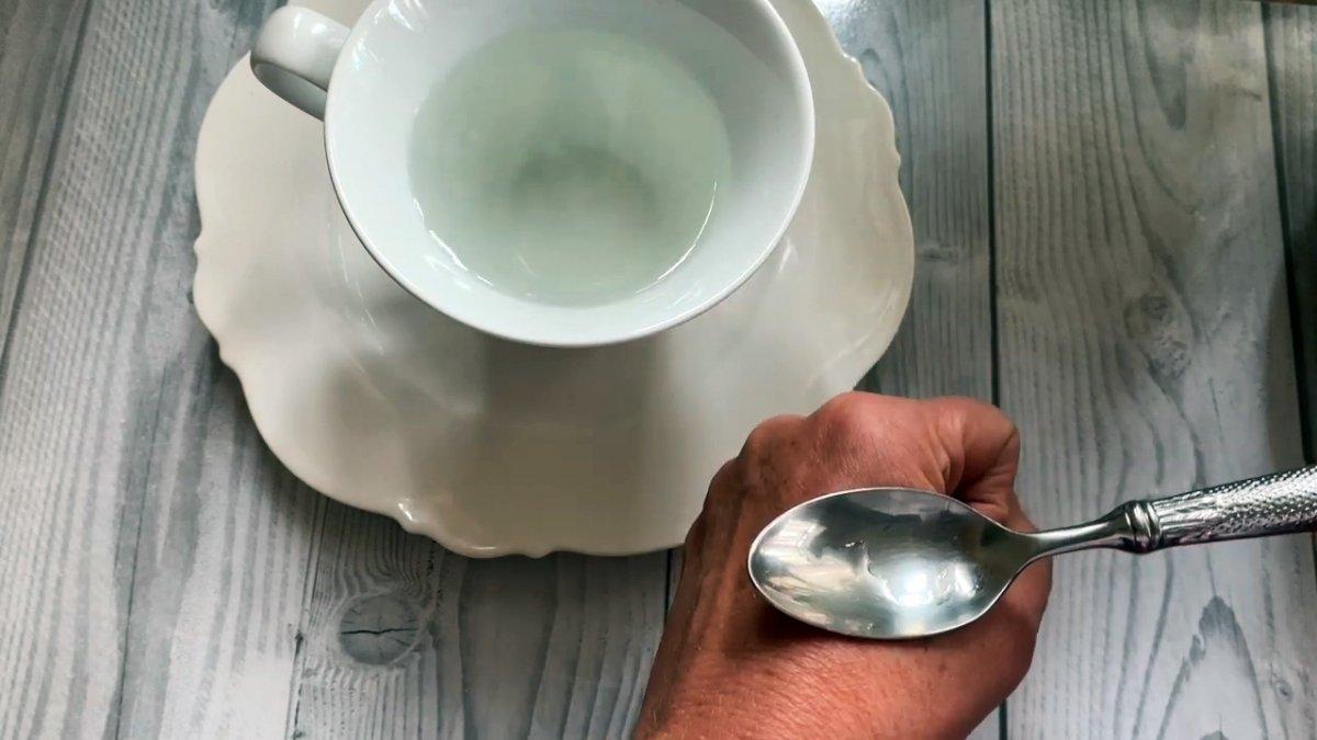 Как избавиться от зуда после укуса комара за 20 секунд