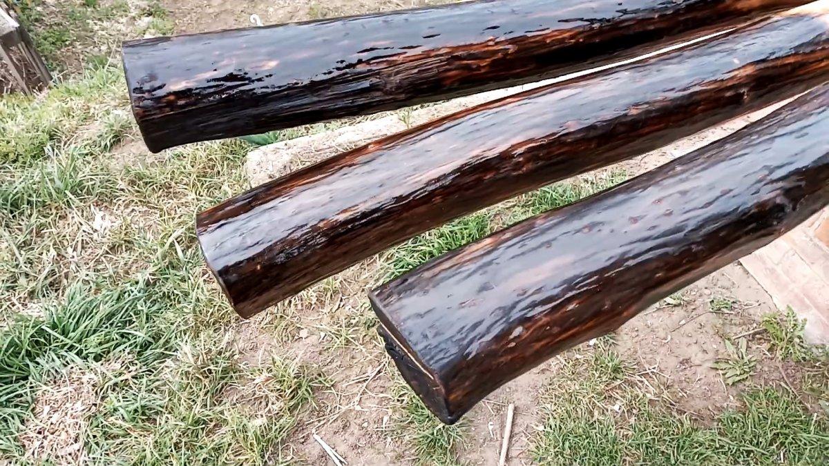 Защита деревянных столбов ПЭТ бутылками за копейки