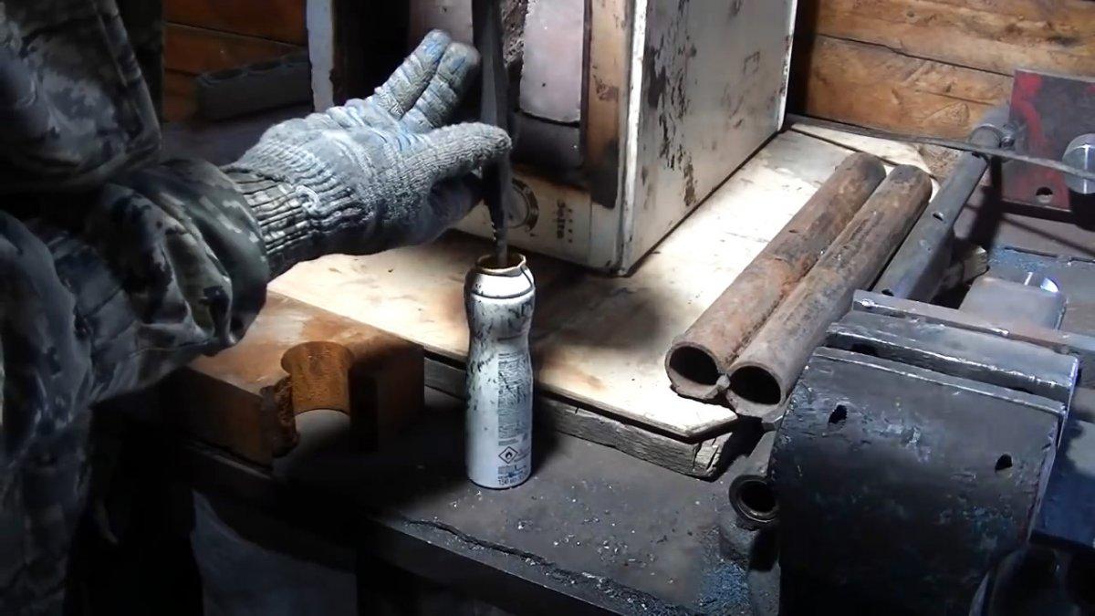 Как из пластиковой канистры сделать ударопрочную рукоять для инструмента
