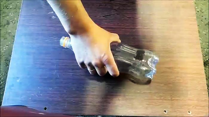 Леску для триммера больше не покупаю, делаю сам из ПЭТ бутылки
