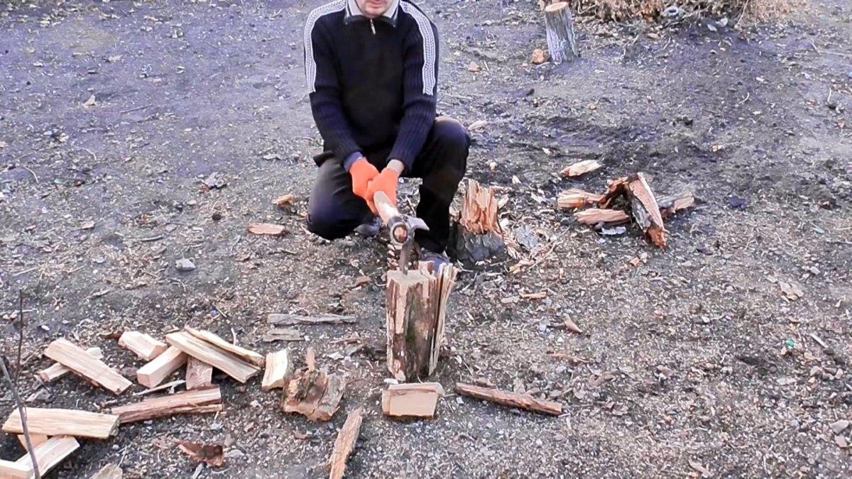 Как из рессоры сделать простой и эффективный финский колун