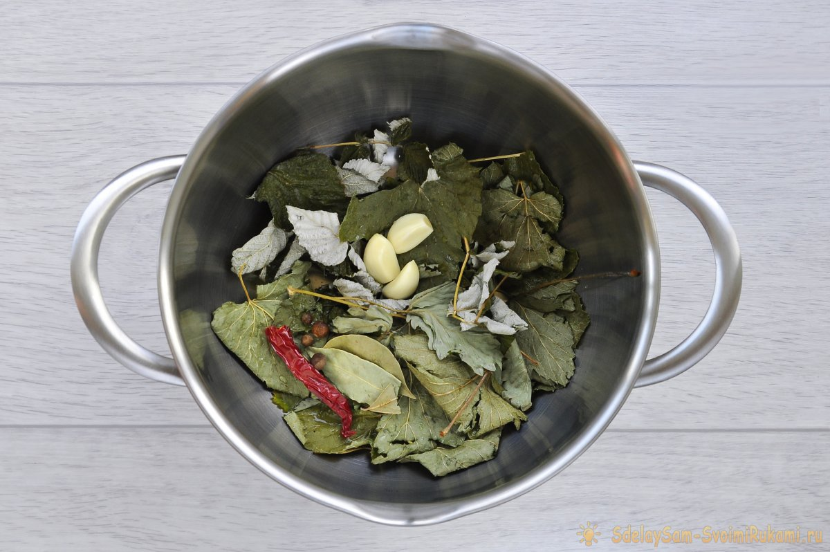 Секрет хруста малосольных огурцов, пошаговый рецепт приготовления