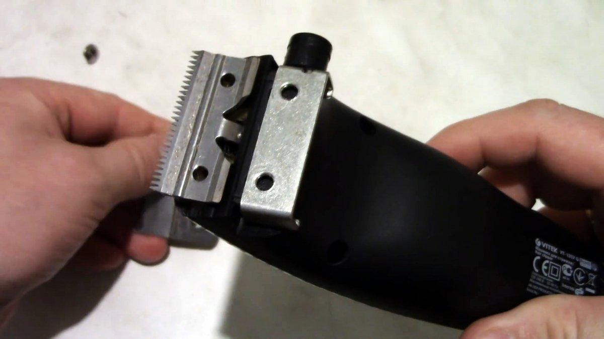 Как отрегулировать ножи машинки для стрижки чтобы срезались мельчайшие волоски без подергивания