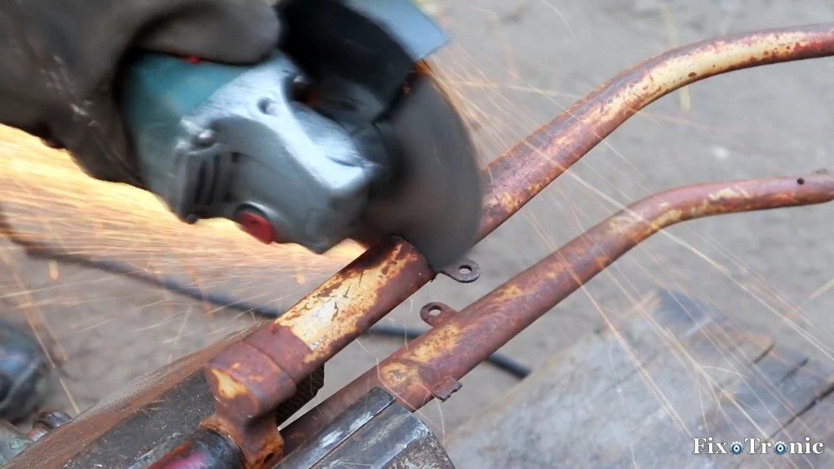 Как из старого велосипеда и болгарки сделать торцовочный станок